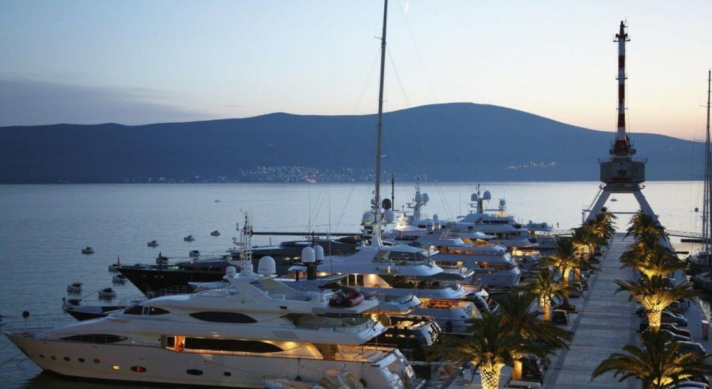 Аренда яхт в Черногории